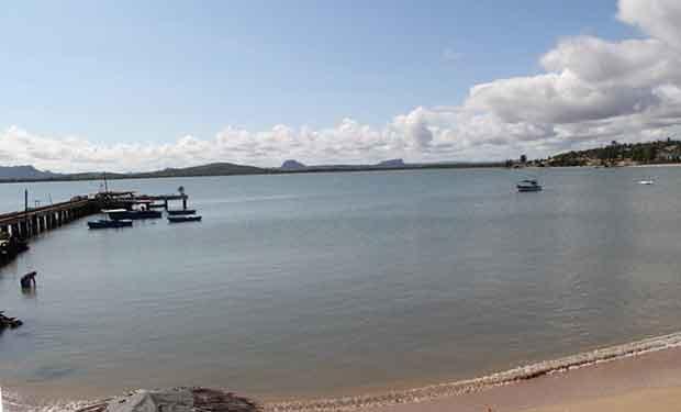 La bahía, rodeada de montañas, lugar obligatorio para los visitantes. Foto: KMVL/OnCuba